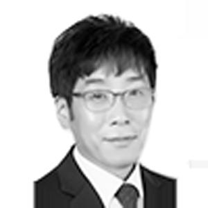ICO tem member Dennis Lee