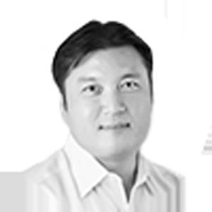 ICO tem member Favian Lee